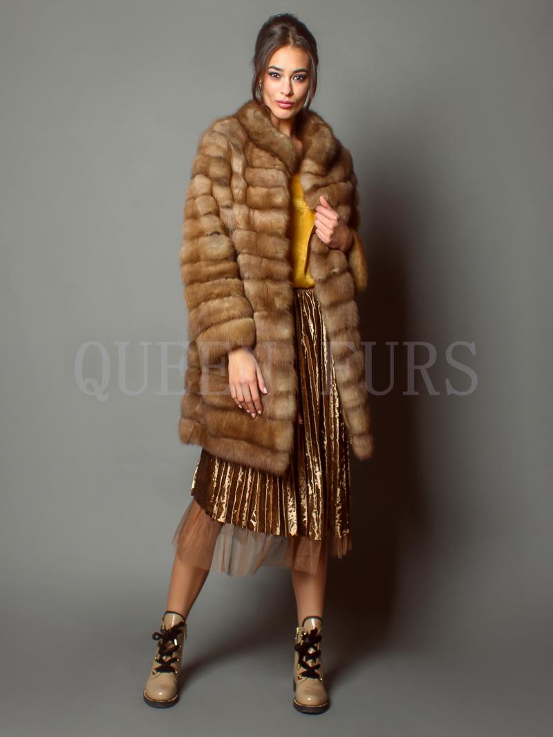 Элегантная шуба из меха куницы - купить в Москве