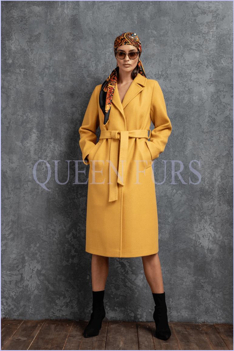 Итальянскоежелтое пальто