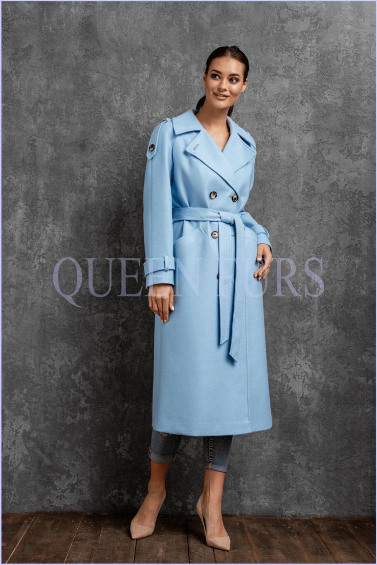 Голубое пальто в стиле милитари